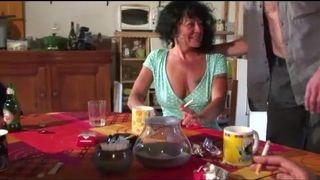 Amateursex im Wohnzimmer