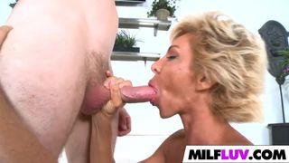 Deutscher Frauen beim Titten ficken