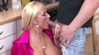 Die Sex geile Tina fickt alles