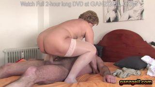 Fellatio macht Frauen feucht