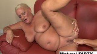 Geile Oma Sexfilme mit alte Fotzen beim Rentnersex