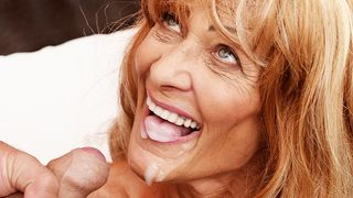 Mutti zeigt uns ihr Privat Video