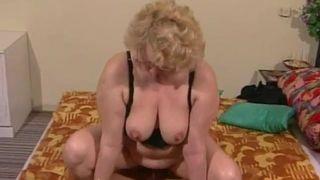 Oma Fickspalte hungrige 60 Jahre alt