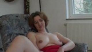 Porno Schlampe mit geilen Titten