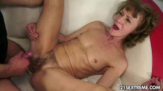 Scharfe Frau mit dicken Titten