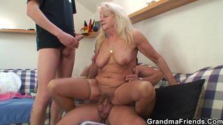 Wichs pornos vom behaarten Omas