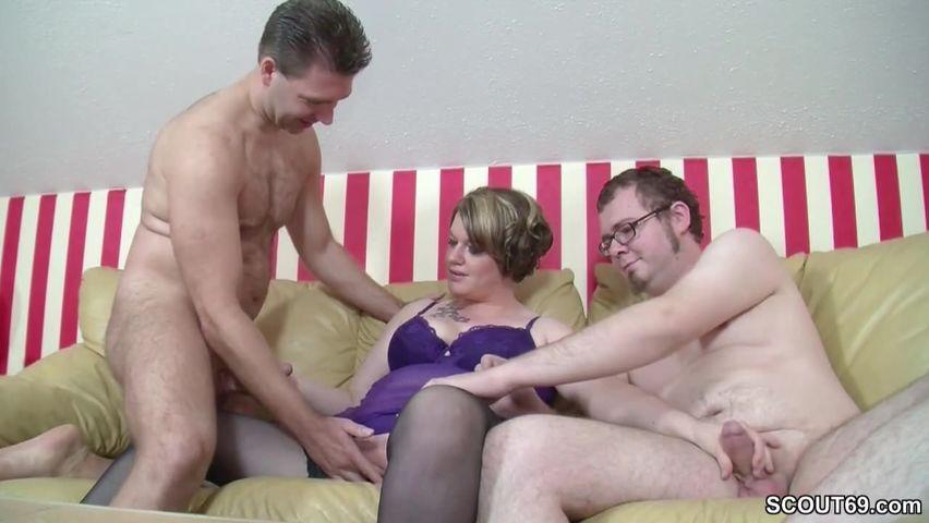 Gruppensex mit deutscher Fick Nutte