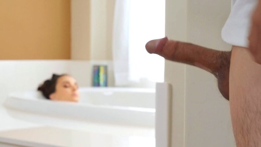 Weiblicher Squirt Orgasmus